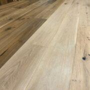 https://smartertimberflooring.com.au/wp-content/uploads/2019/02/5-tips-choosing-flooring-colour-180x180.jpg